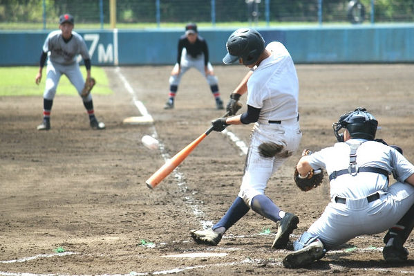 student-baseball