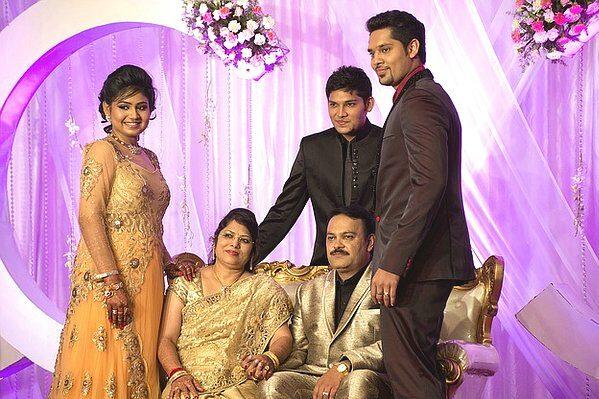 india-family